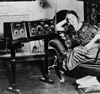 Radio America In The 1920s Primary Sources For Teachers America